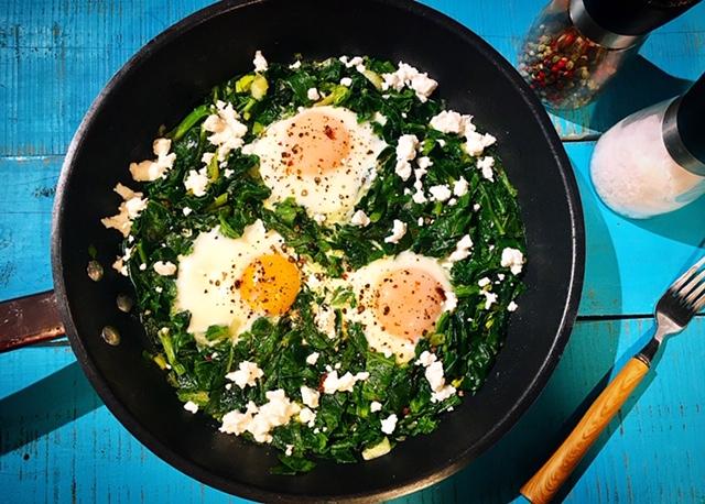 Σπανάκι με αυγά