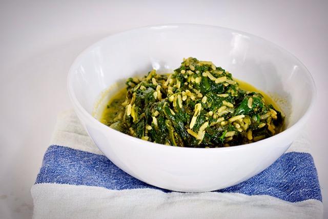 Σπανακόρυζο με 5 υλικά σε 15 λεπτά