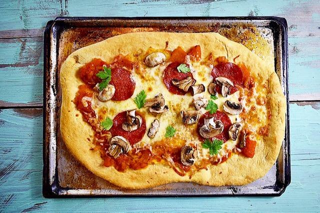 Εύκολη συνταγή για πίτσα