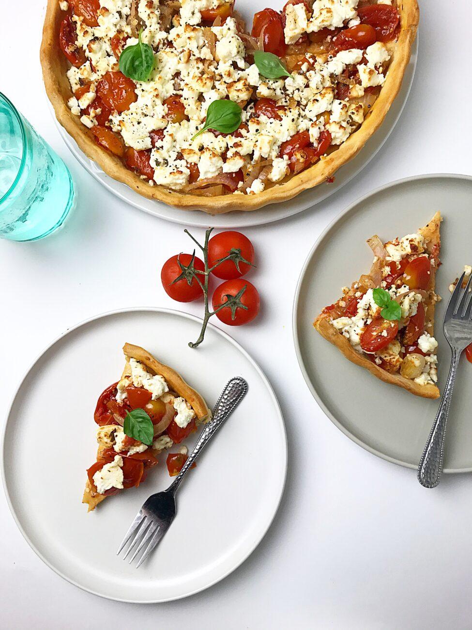 Καλοκαιρινή τάρτα με ζύμη πίτσας
