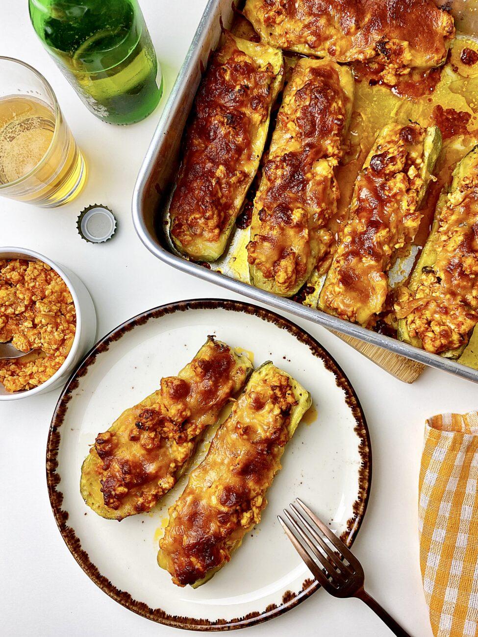 Κολοκυθάκια γεμιστά με κοτόπουλο και μοτσαρέλα