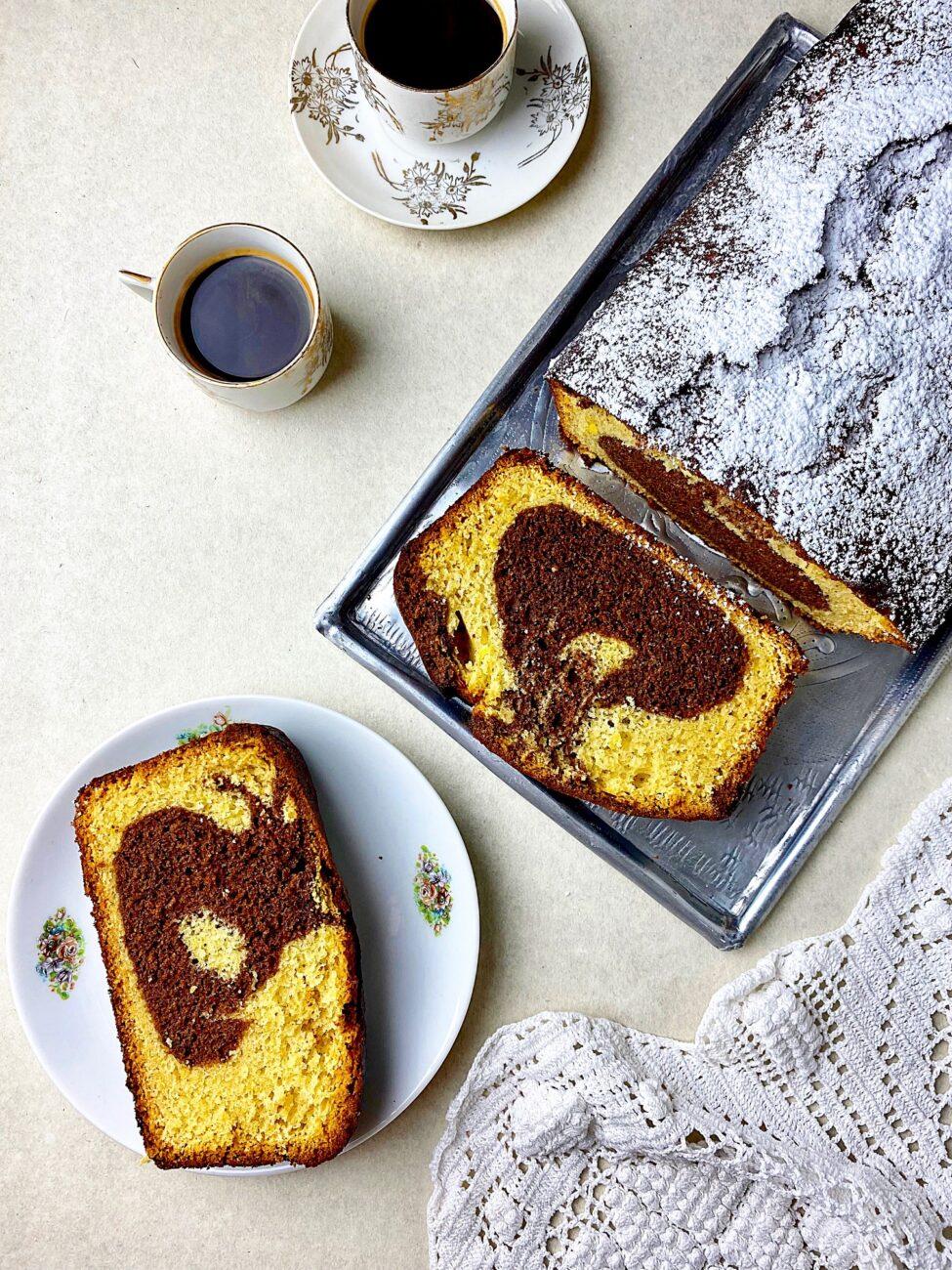 Εύκολο κέικ βανίλια-σοκολάτα